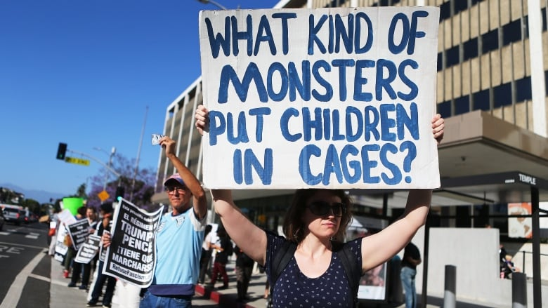 U.S. government moves migrant kids after poor conditions exposed