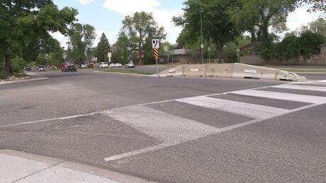 Residents oppose barricade meant to slow traffic in Saskatoon's Avalon neighbourhood thumbnail