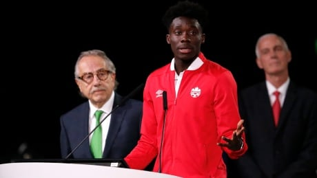 Teen phenom Alphonso Davies thrilled to bring World Cup to country that took him in thumbnail