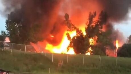 Fire in Woodbine engulfs 3 houses | CBC