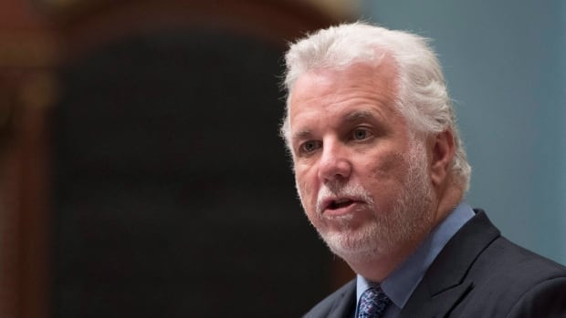 Boycotting U.S. products would be act of 'solidarity' in trade dispute, Couillard says | CBC News