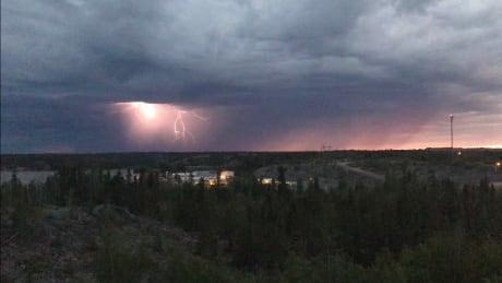 Yellowknife lightning strike June 2018