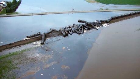 Iowa train derailment