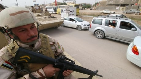 MIDEAST-CRISIS/IRAQ-BASRA