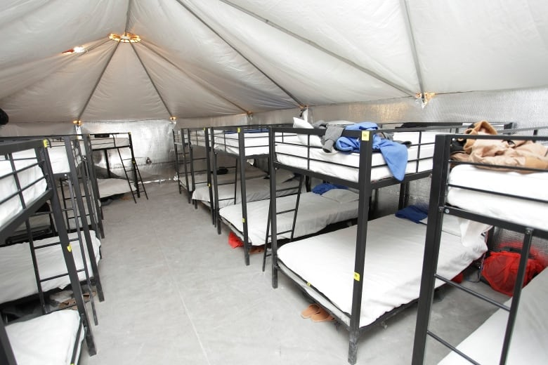 Melania Trump will make second trip to immigration facility this week