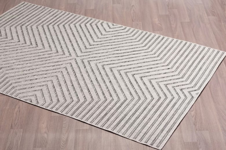 10 Rugs That Will Instantly Upgrade Your Outdoor Space Cbc Life