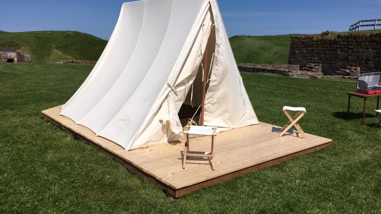 18th-century tents at Fort Beauséjour ready for modern-day c&ers & 18th-century tents at Fort Beauséjour ready for modern-day campers ...