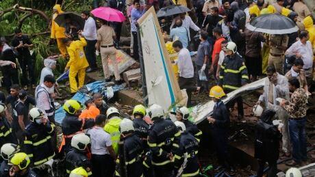 APTOPIX India Plane Crash
