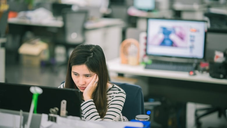 Open-plan offices leave women subject to sexism at work