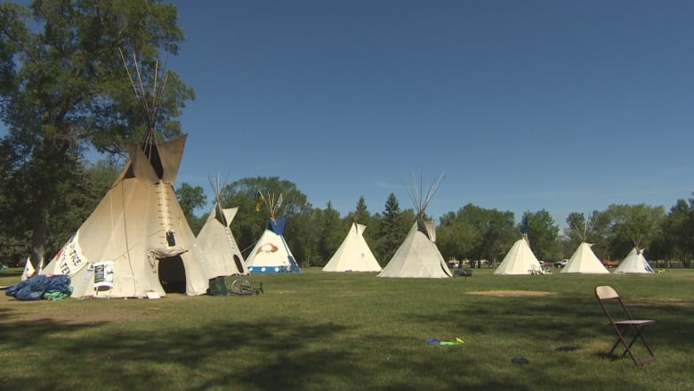 new concept fc0bc 1e85d Premier Scott Moe wants Regina police to remove teepees from park