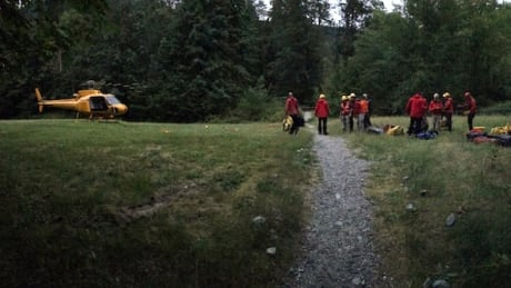 6-year-old girl, 7-year-old boy found safe after spending night on Coquitlam mountain