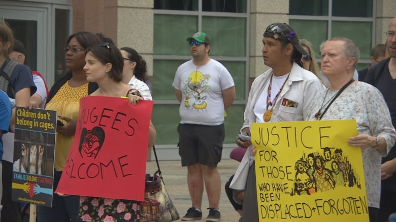 Winnipeg rally joins protest of U S  immigration policy to