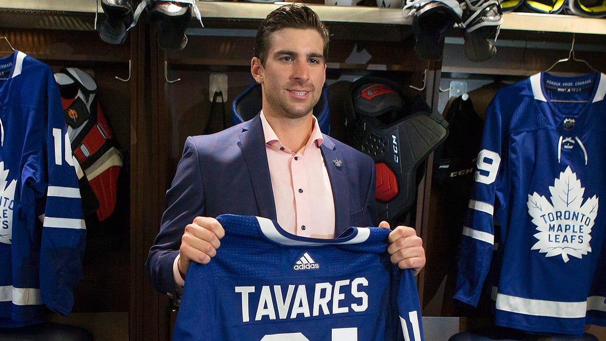 5ca72456e66 John Tavares joins hometown Maple Leafs on 7-year deal