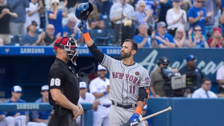 Former Blue Jays star Jose Bautista returns to Rogers Centre with Mets