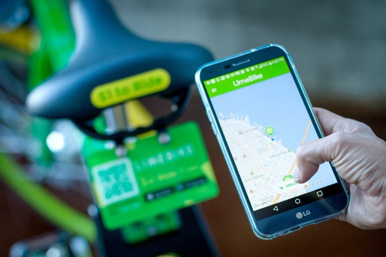 Dockless electric bikes come to Calgary as Lime gears up