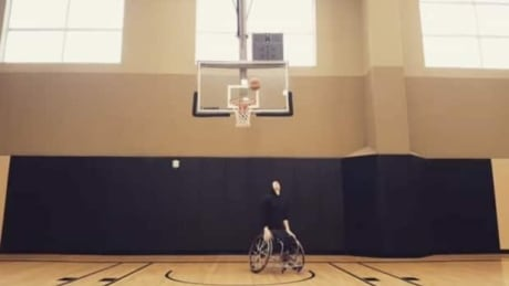 This wheelchair basketball player has the craziest ball skills
