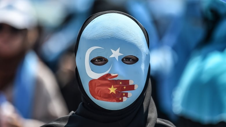Ramadan in China: Uighur journalists say even fasting can land ...