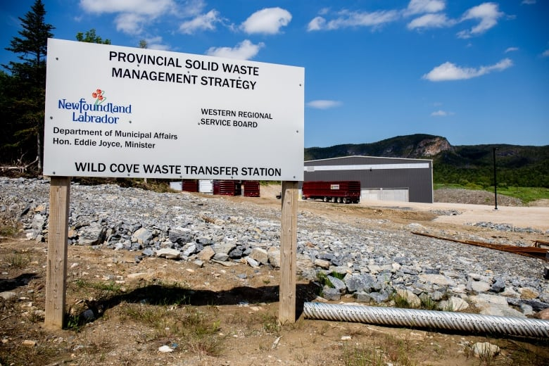 Talking trash: Waste management negotiations break down   CBC News