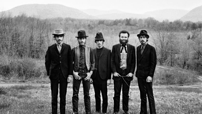Robbie Robertson and the Band announce new, career-spanning