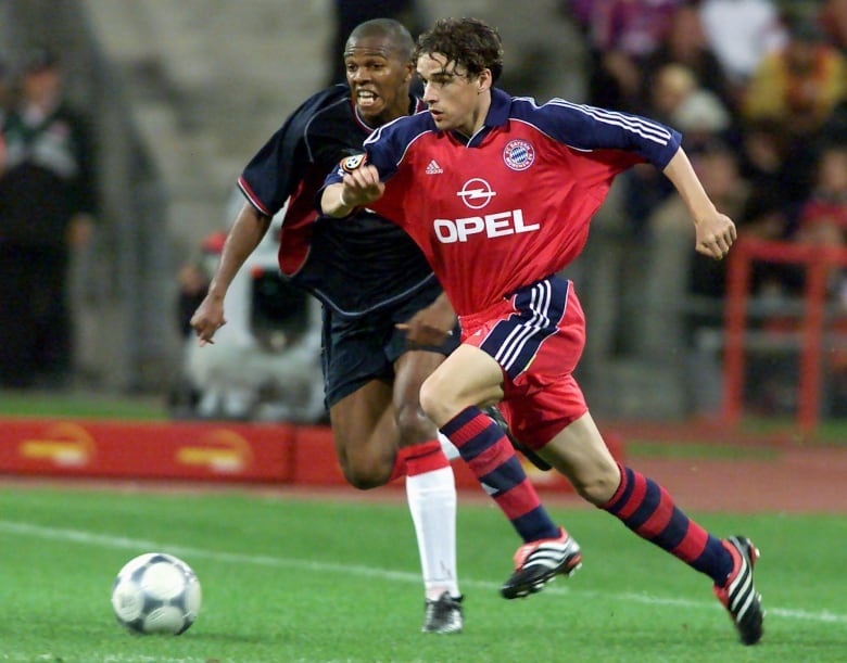 Owen Hargreaves Moved To Europe As A Teenager Pursue Pro Soccer Career He Signed With Bayern Munich The Team Hes Seen Playing For In This August