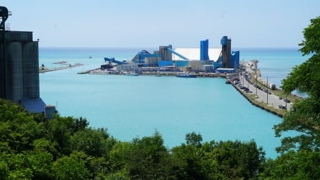 Workers at Goderich salt mine accept deal to end 12-week strike