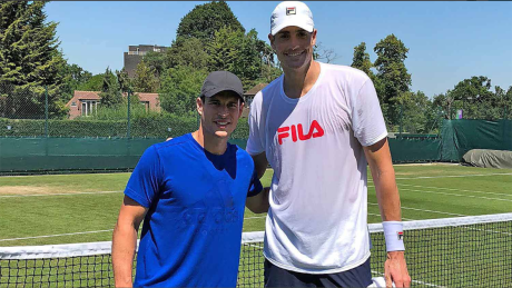 Milos Raonic's next opponent enjoys practice session with Sidney Crosby thumbnail