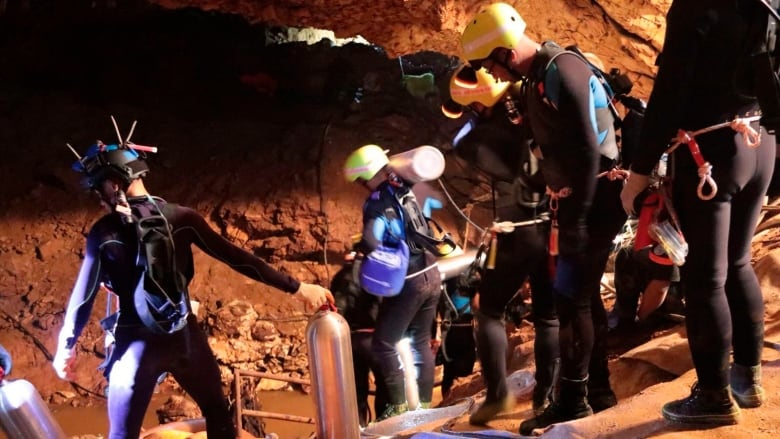 This Photo Released On Saturday Shows Thai Rescue Team Members Inside The Cave Where  Boys And Their Soccer Coach Were Trapped Before The Final Group Of