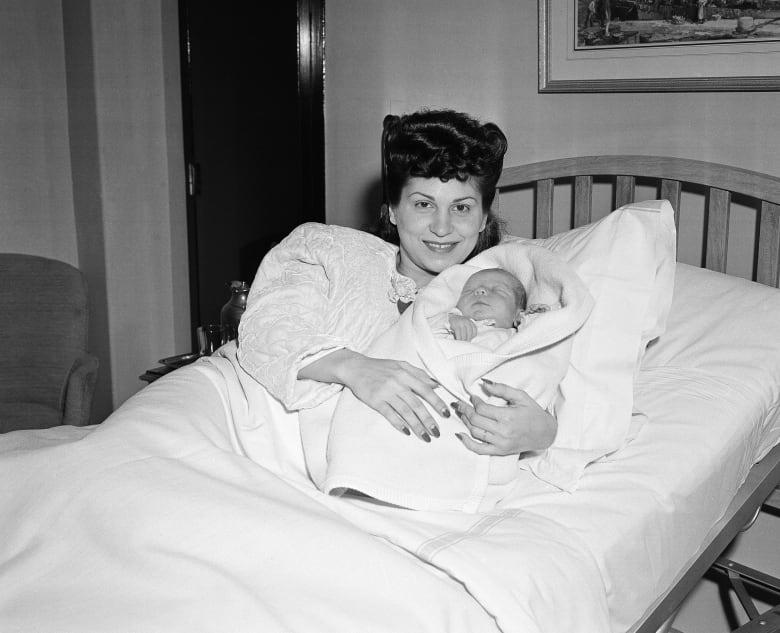 Nancy Sinatra, 1st Wife of Frank Sinatra, Dead at 101