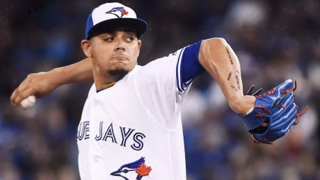 Assault charge against former Blue Jays pitcher Roberto Osuna withdrawn