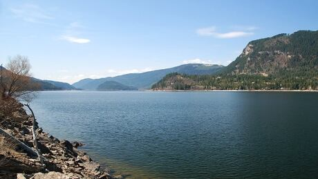 Alberta man drowns in lake near Sicamous in attempted rescue gone wrong