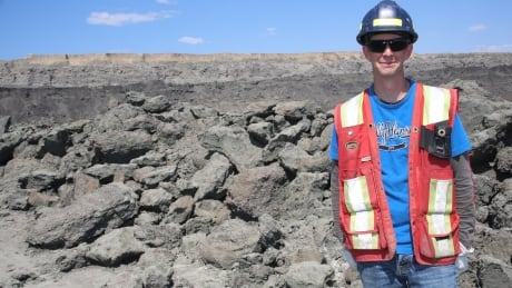 Marine reptile fossils found at Fort McMurray area worksite thumbnail