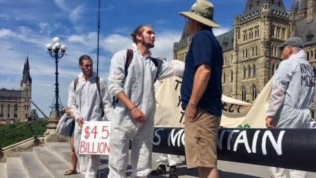 parliament hill pipeline protest ottawa july 21 2018