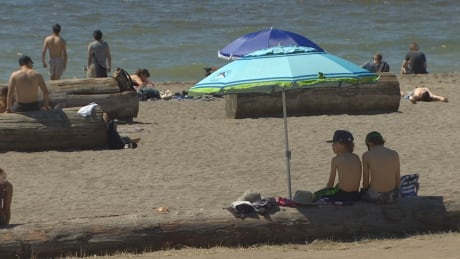 Extended hot spell forecast for B.C.'s South Coast