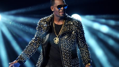 Sony Music reportedly drops R. Kelly from its roster amid renewed attention to sex abuse allegations