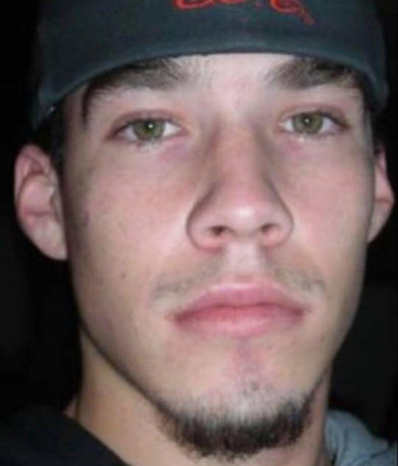 Cannibal Bus Ride: The Murder of Tim McLean  www.lucysrules.com