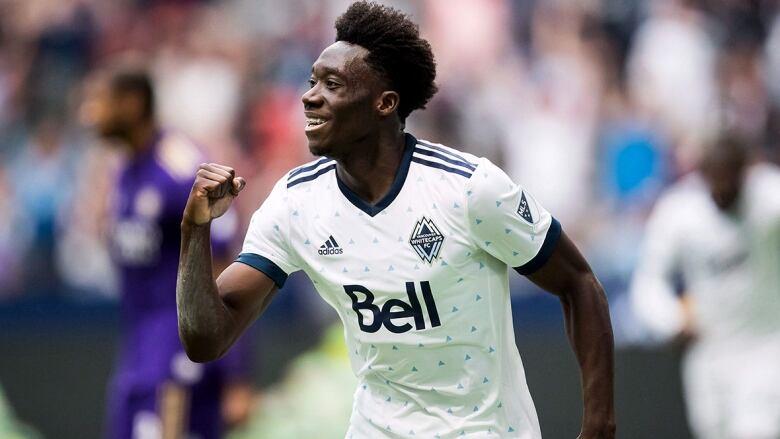 b174ddf4a8b Bayern Munich completes transfer for 17-year-old Canadian star Alphonso  Davies