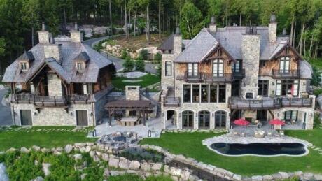 HKN Mario Lemieux Chateau Sale 20180726
