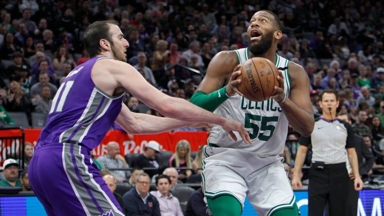Greg Monroe Agrees To One-Year, $2.2M Deal With Raptors