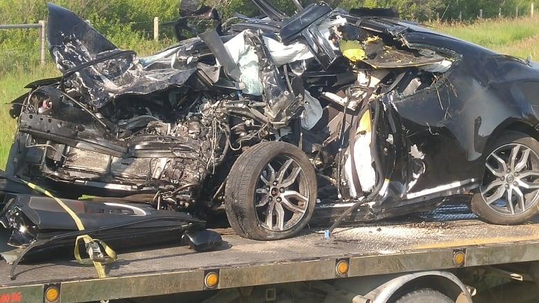 Head-on crash kills 3 southwest of Calgary   CBC News