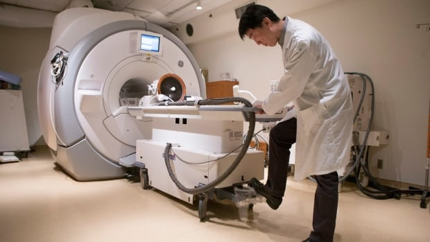 Alberta doctors raise alarm about long waits for MRI and CT scans   CBC News