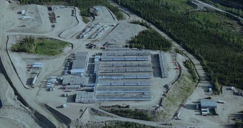 Yukon mine buys 2 $6 5M hydraulic shovels named Beauty and