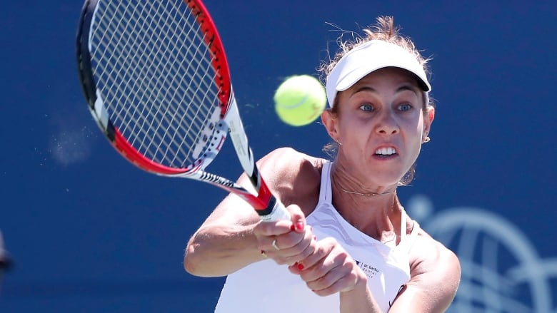 Romania's Buzarnescu damaged ligaments in fall at women's Rogers Cup