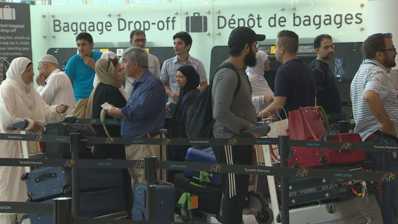 Many Canadian Muslims have 'no idea' how they'll get home from hajj