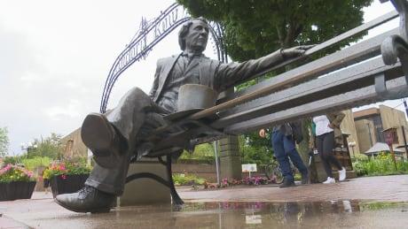 Sir John A statue