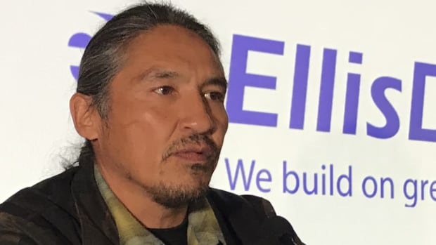 Chief urges Indigenous business leaders to support Trans Mountain pipeline | CBC News