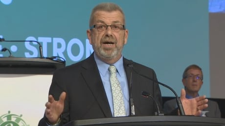 Union to 'vigorously' defend any teacher who defies province by teaching current sex-ed curriculum