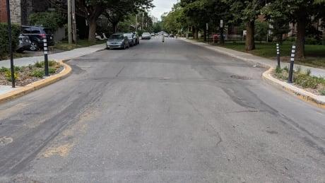 CDN-NDG borough council calls on city to improve road markings | CBC