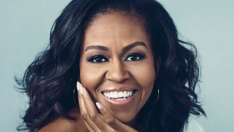 BOOK COVER: Becoming by Michelle Obama
