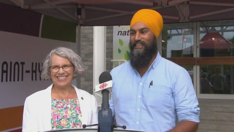 Jagmeet Singh tours Quebec, where the NDP faces a fight to hang on | CBC