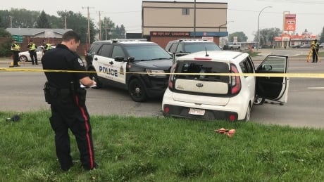 Suspects arrested after shooting, police chase in northeast Edmonton